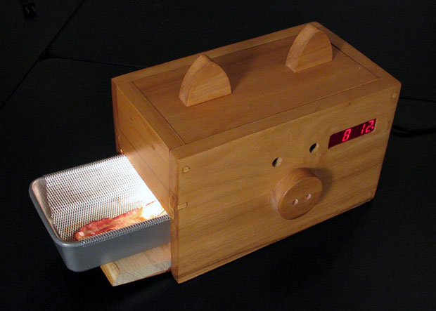 wake-n-bacon-alarm-clock