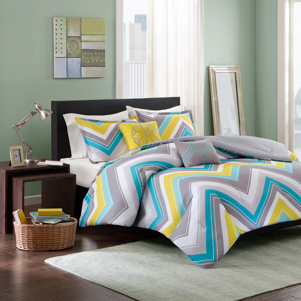 Intelligent-Design-Ariel-Comforter-Set