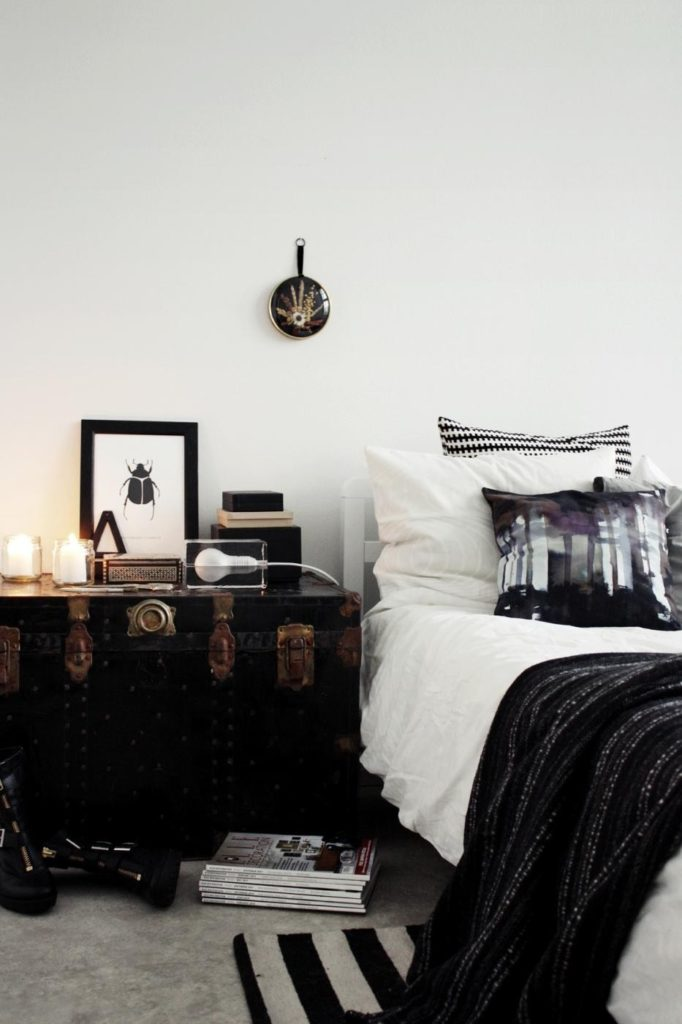 lily-trunk-diy-nightstand-bedroom