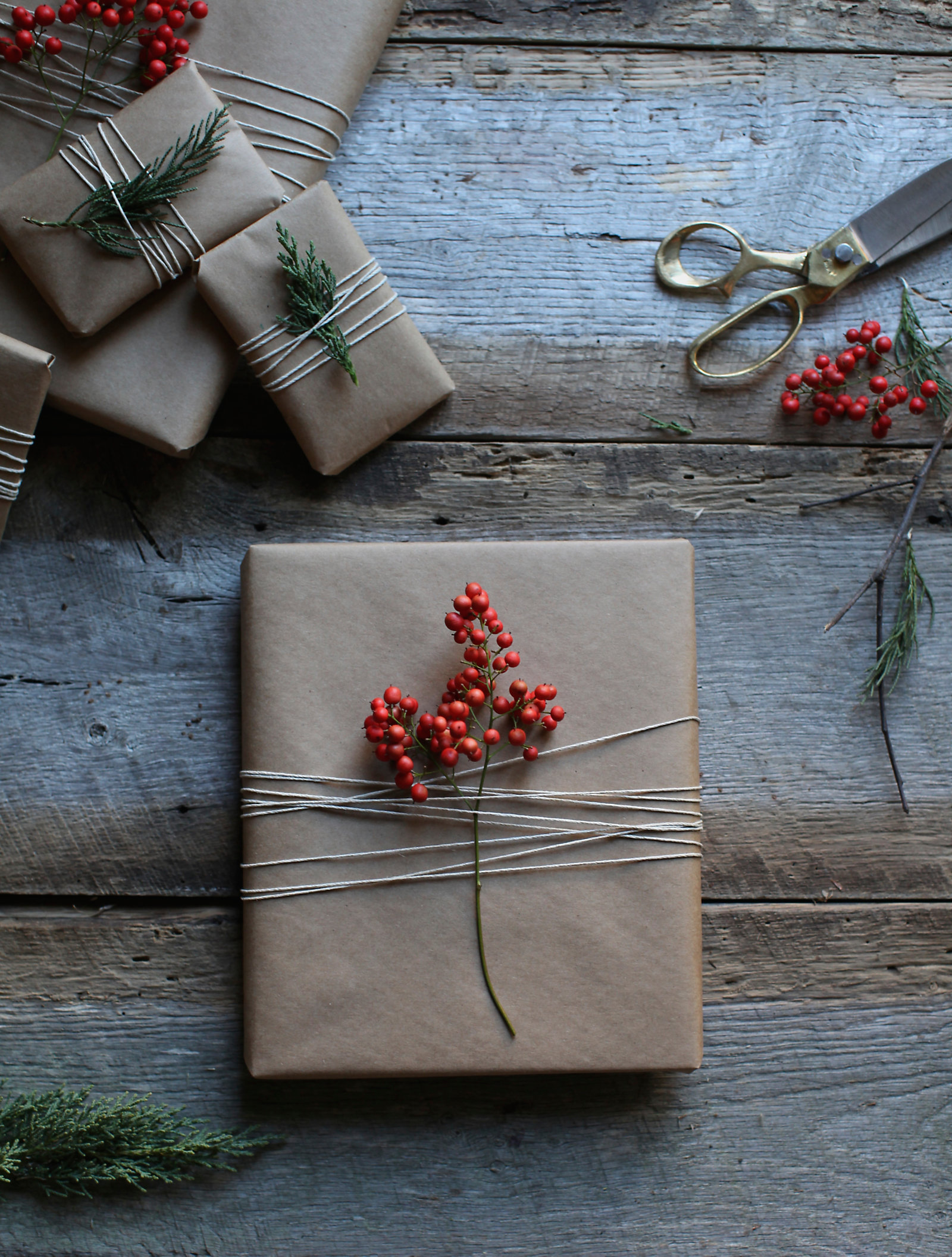 4 unique diy gift toppers to top off your christmas this year for Unusual gifts home
