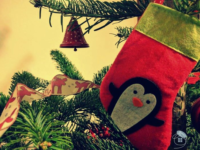 christmas-tree-penguin-sock-material-red-decoration-1